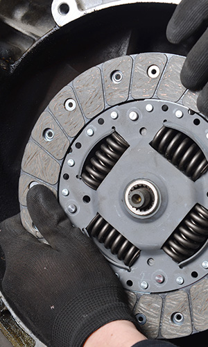 clutch repairs in bromley